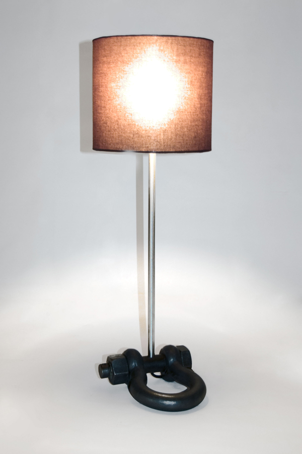 Shackle table light