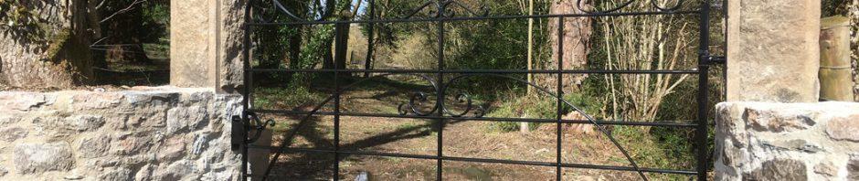 devon manor house boundary gate